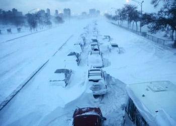 В Румынии из-за обильных снегопадов закрыты три автострады