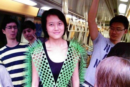 Лайфхак: Чтобы не прижимались в метро