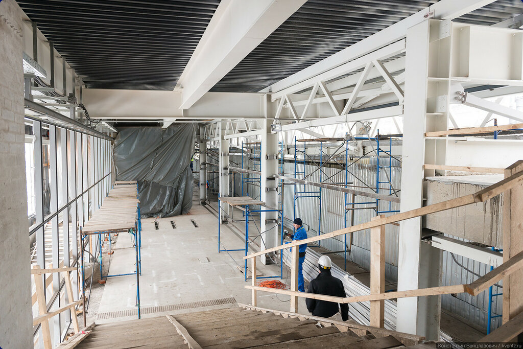 Вид на платформу с лестницы