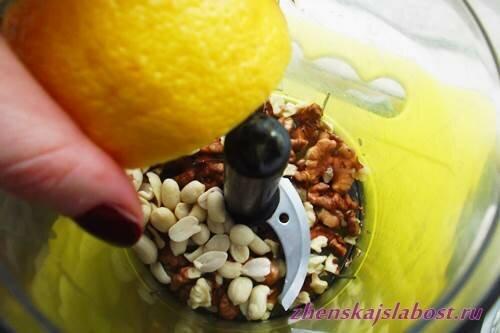 орешки  с лимонным соком для салата из капусты