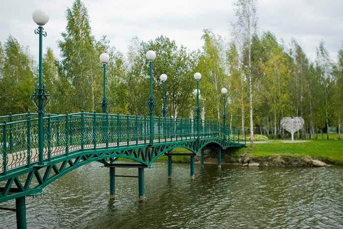 мостик на остров Влюбленных