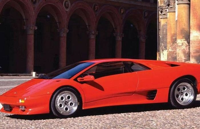 Dodge Viper, McLaren F1... - 10 самых крутых суперкаров 1990-х годов