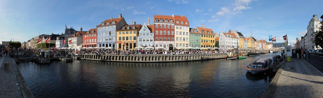 Copenhagen's New harbour. Copenhagen, Nyhavn, panorama