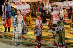 Калужский театр - За двумя зайцами
