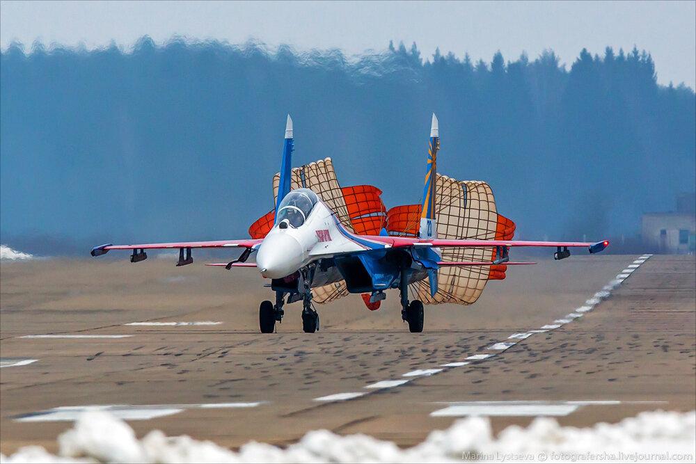 "Escuadrilla acrobatica ""Caballeros Rusos"" 0_bb394_1532db86_XXL"
