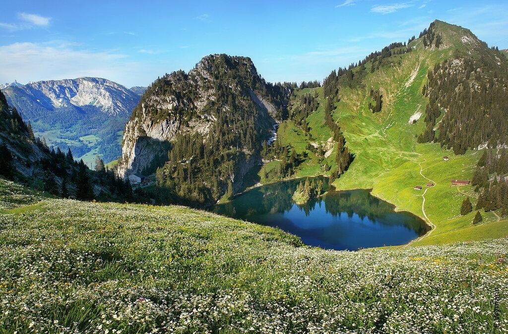 колдовское озеро-голубой магнит