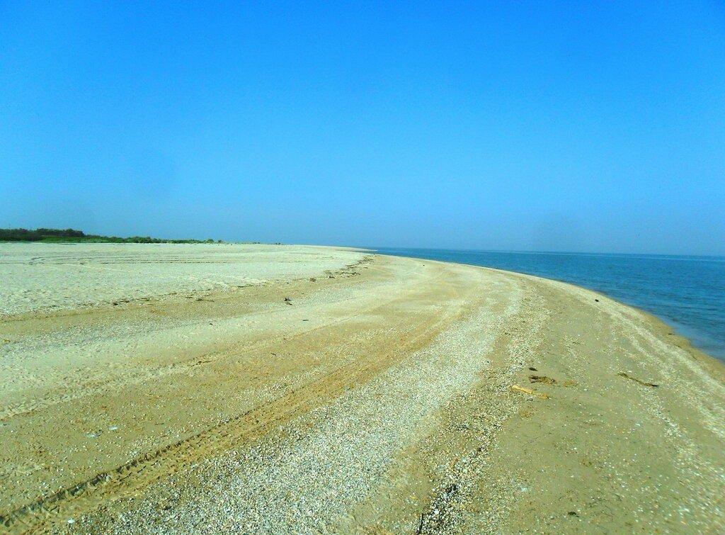 Берег песчаный, пустынный ... SAM_3261.JPG