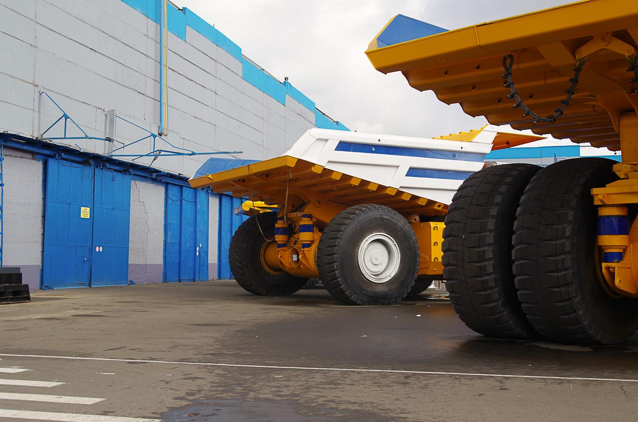 0 928ae cf8b5495 orig Как делают гигантов    БелАЗы.