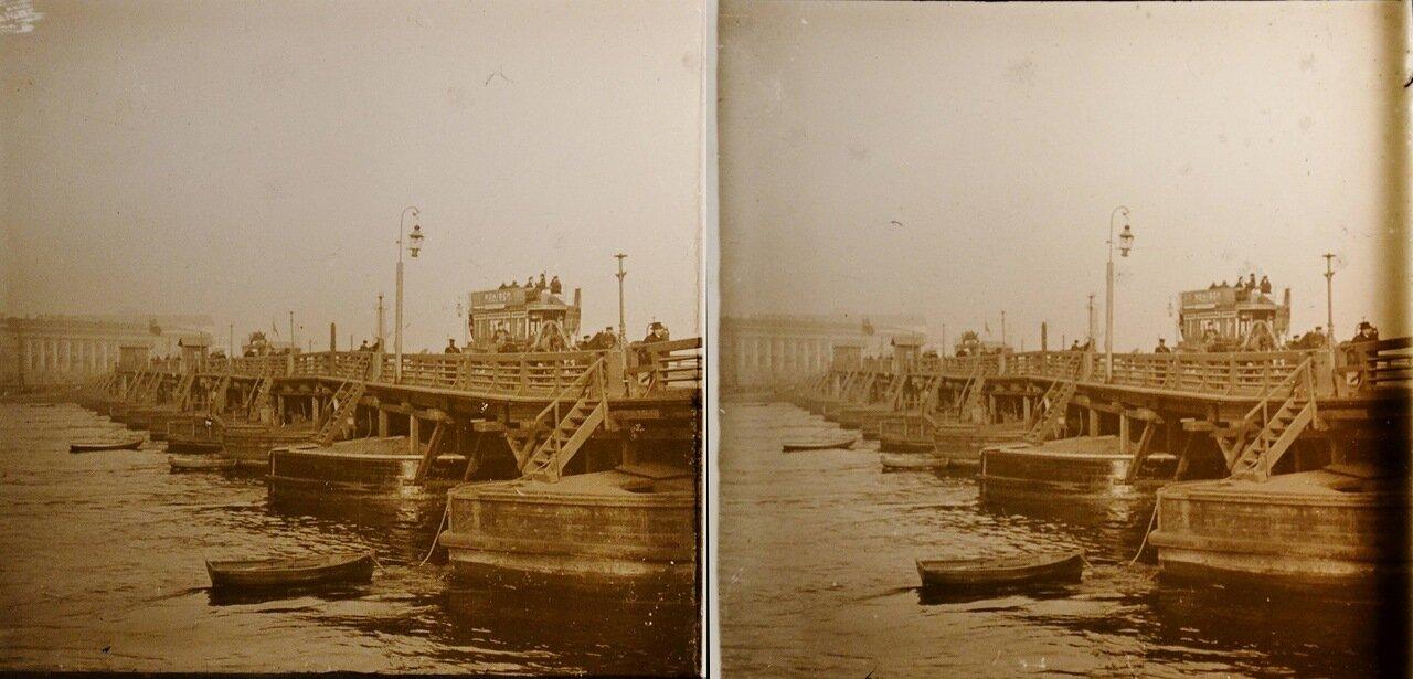 Санкт-Петербург. Мост через Неву