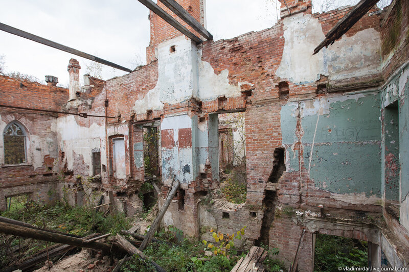 Руины. Колосово.