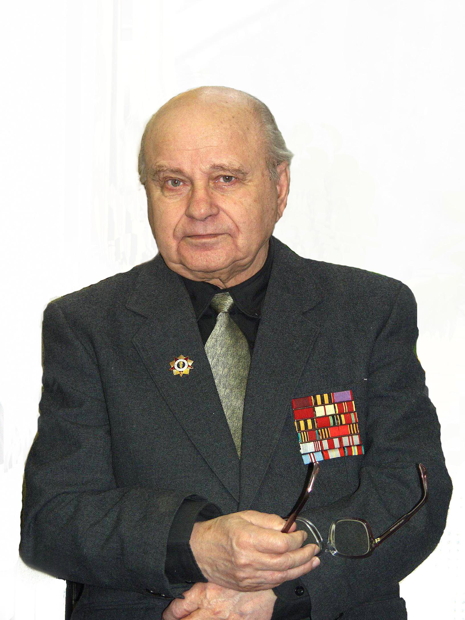 СУСЛОВ Лев Иванович