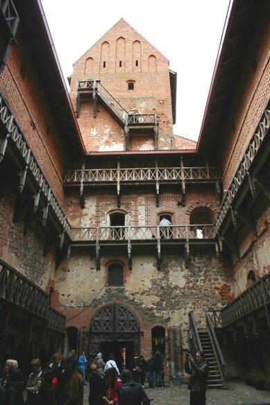 внутренняя часть замка