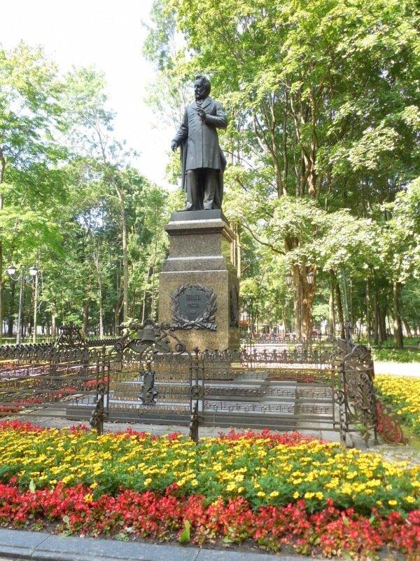 Памятники цена в брянске евросеть памятник искусственный мрамор