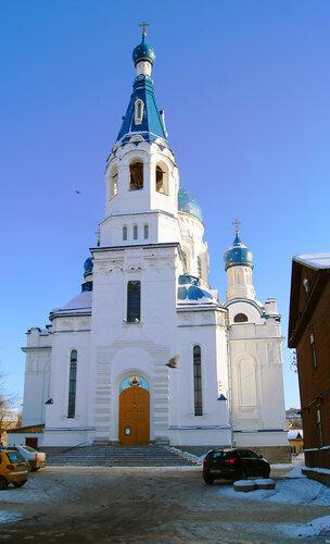 Покровский собор в городе Гатчина