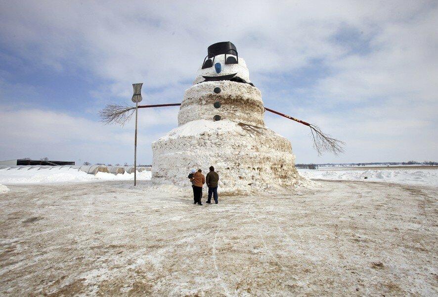 15-метровый снеговик