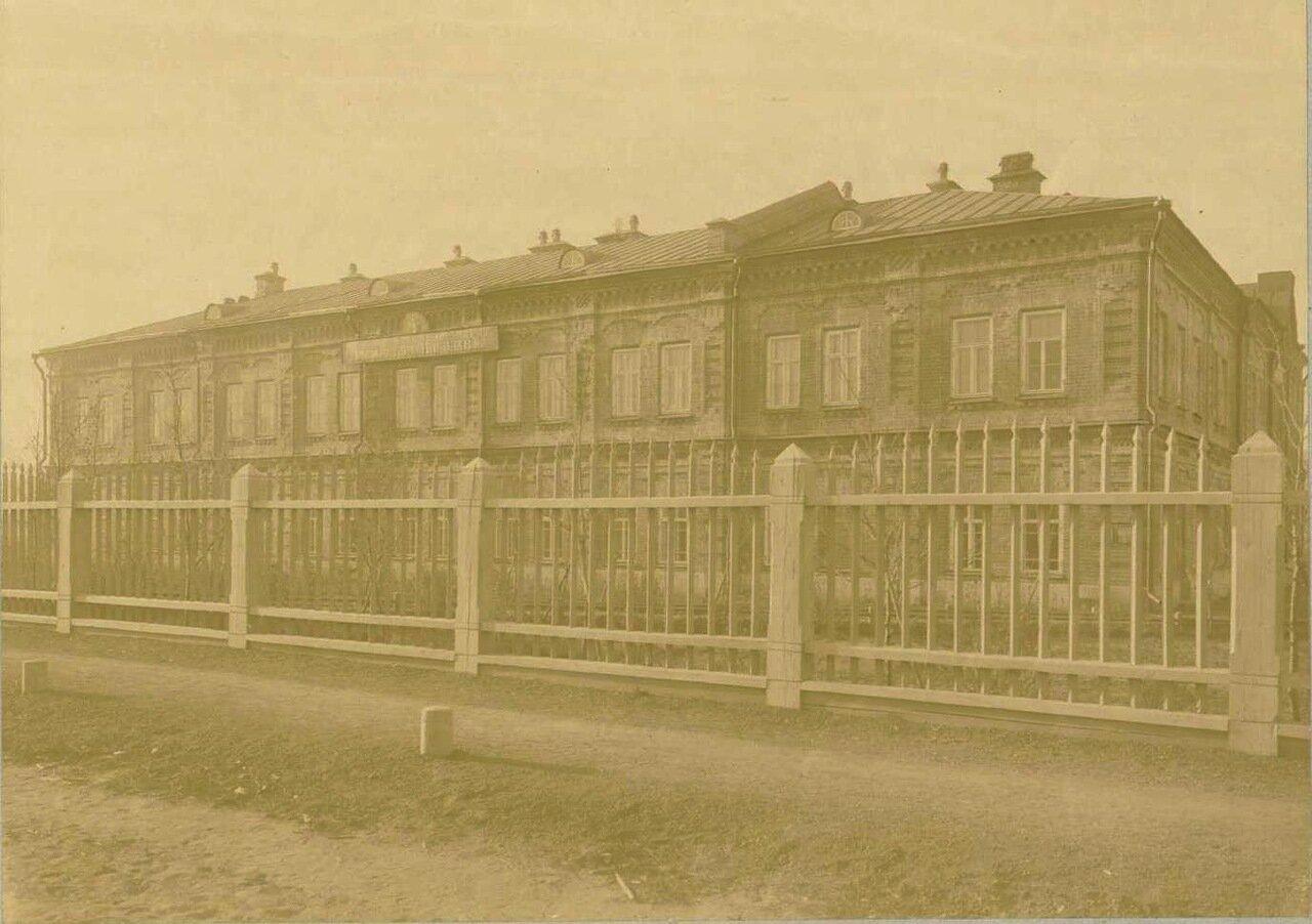 04. Главное здание. Фасад на Амурскую улицу