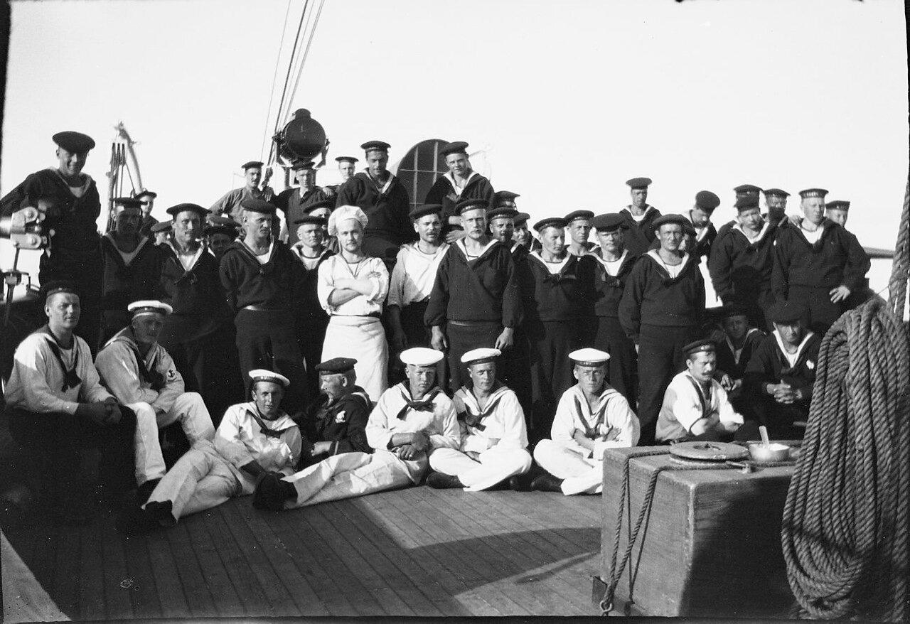 1900. Экипаж «Дротта»