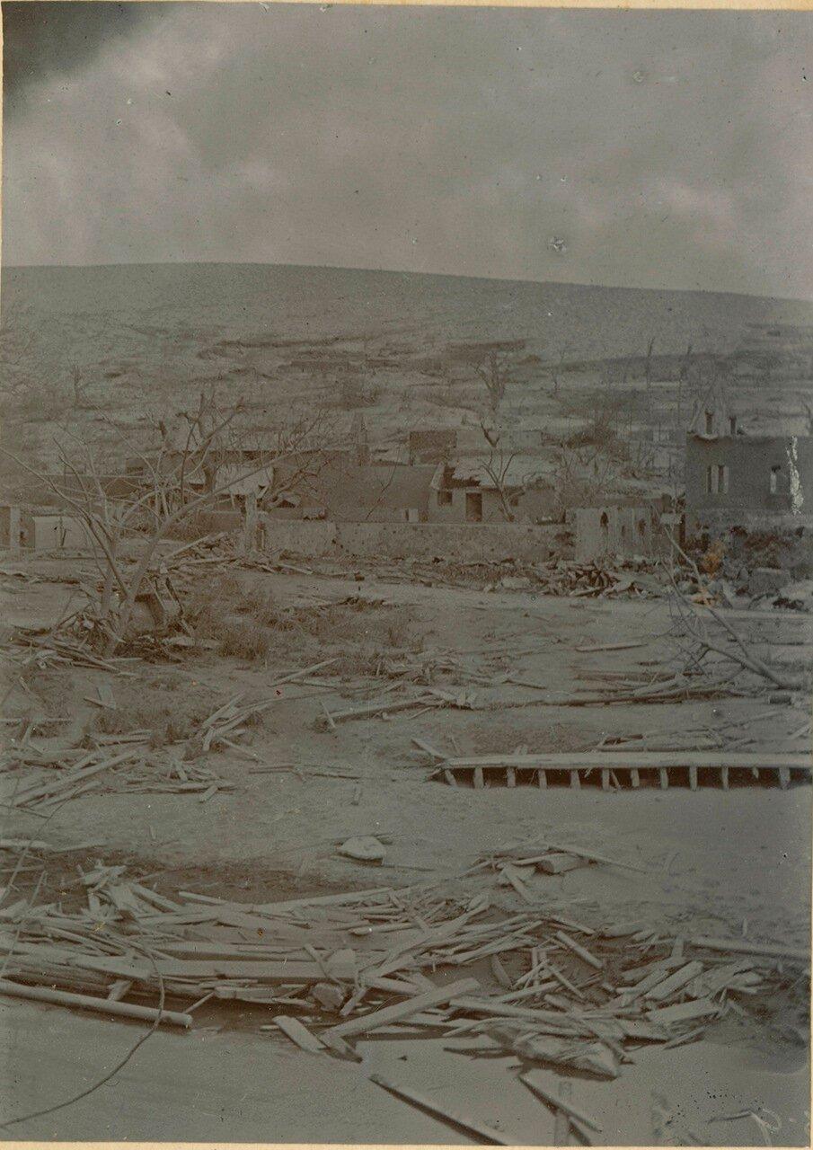 Город после извержения вулкана