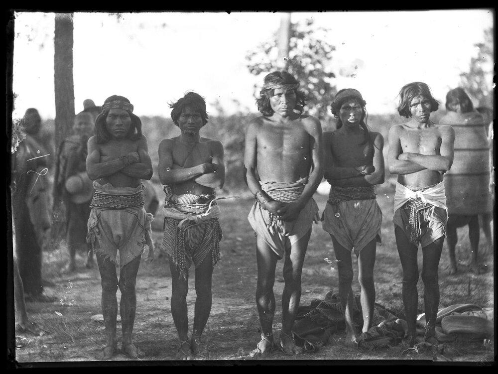 1892. Люди из племени тараумара. Туарипа, Сихуахуа
