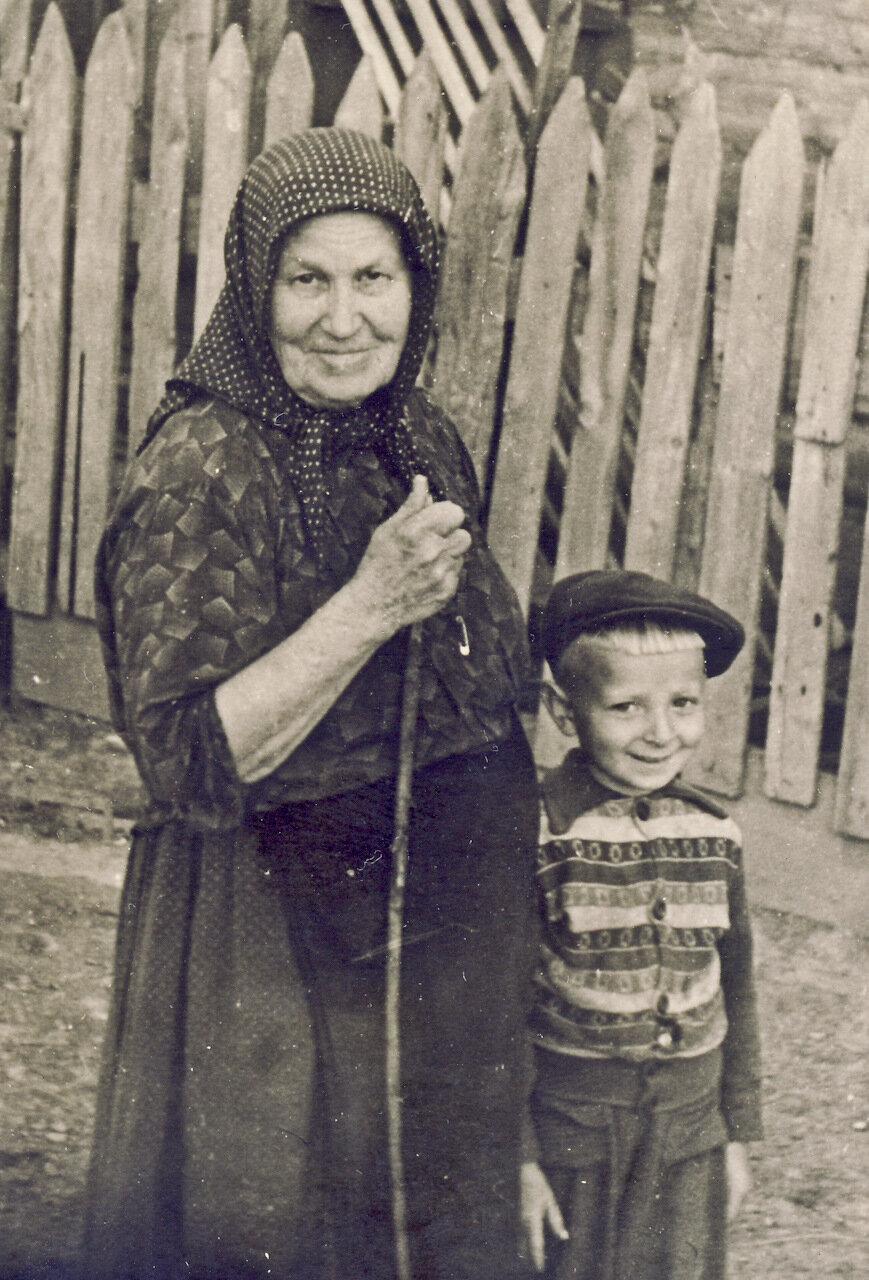 Старые старухи и бабушки 27 фотография