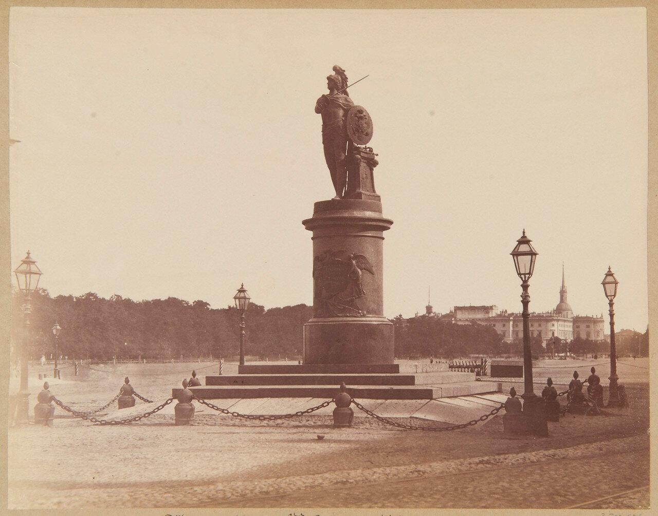 Памятник генералиссимусу князю Суворову и Михайловский замок