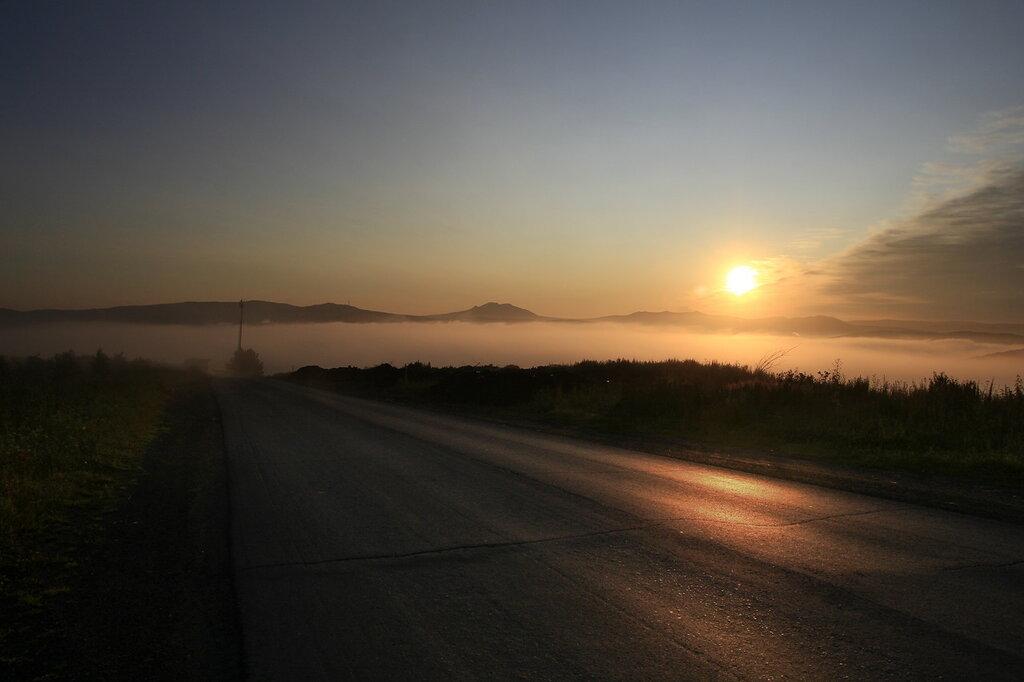 Дорога в Златоусте на рассвете
