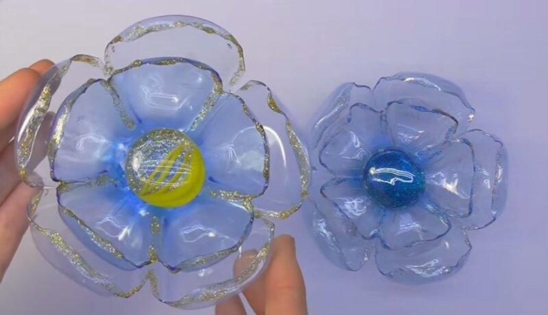 Поделки из пластиковых бутылок из донышек 11