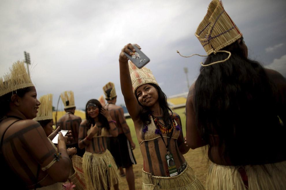 15. Вождь. 1-е Всемирные Игры коренных народов в Бразилии, 21 октября 2015. (Фото Eraldo Peres):