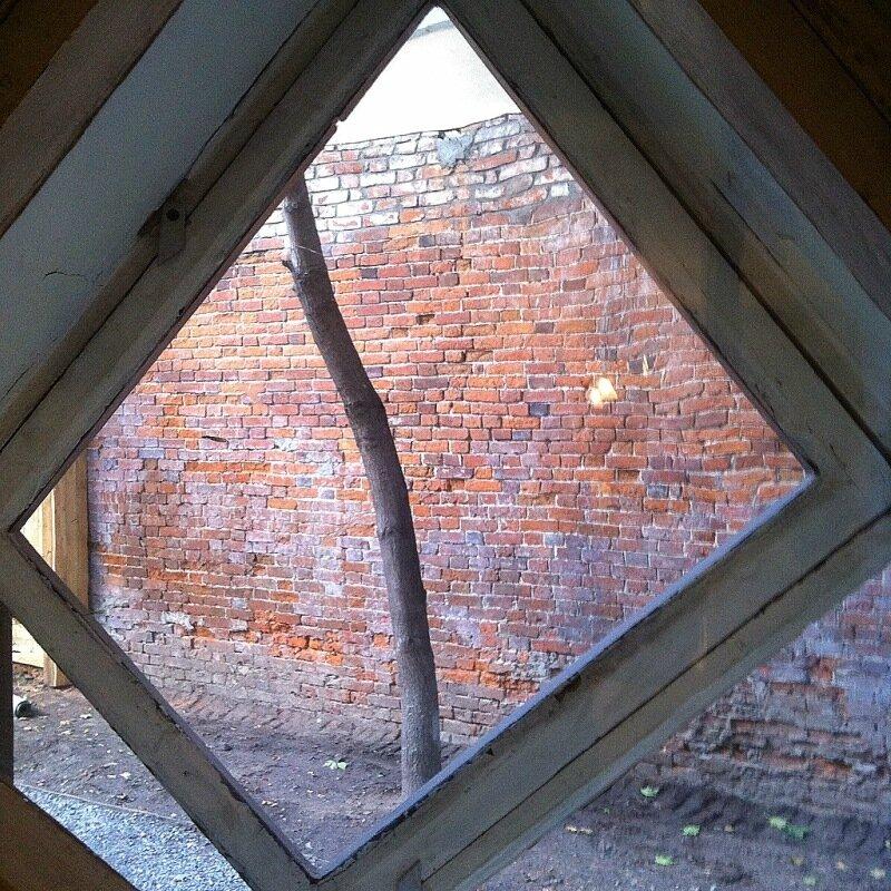 Окна внутрь. Дом Мельникова
