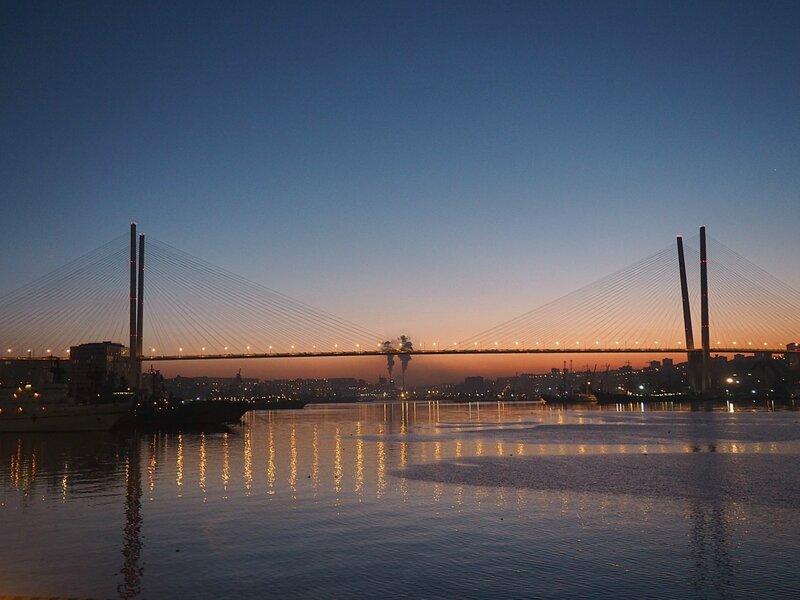 Владивосток, Золотой мост (Vladivostok, the Golden Bridge)