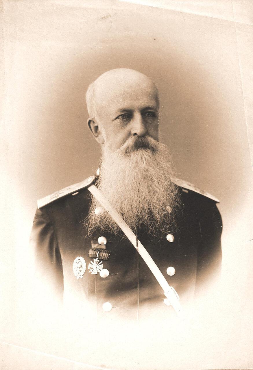 16. Член Государственного Совета Российской империи (фамилия, имя и отчество не установлены)