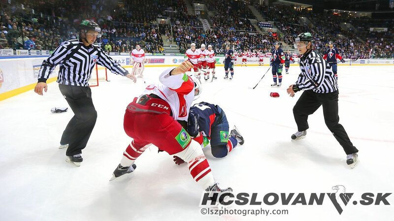 «Слован» vs «Спартак» 0:3 чемпионат КХЛ 2013-2014 (Фото)
