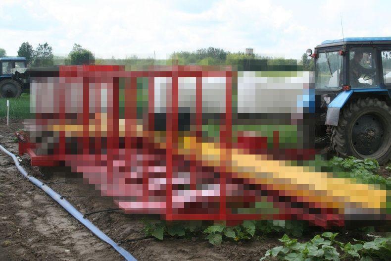 Инновационный комбайн по сбору огурцов (16 фото)