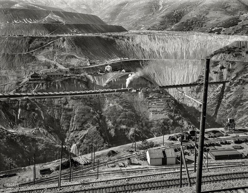 November 1942. Utah Copper -- Bingham Mine. Part of the open-pit workings of the Utah Copper Company at Bingham Canyon, Utah