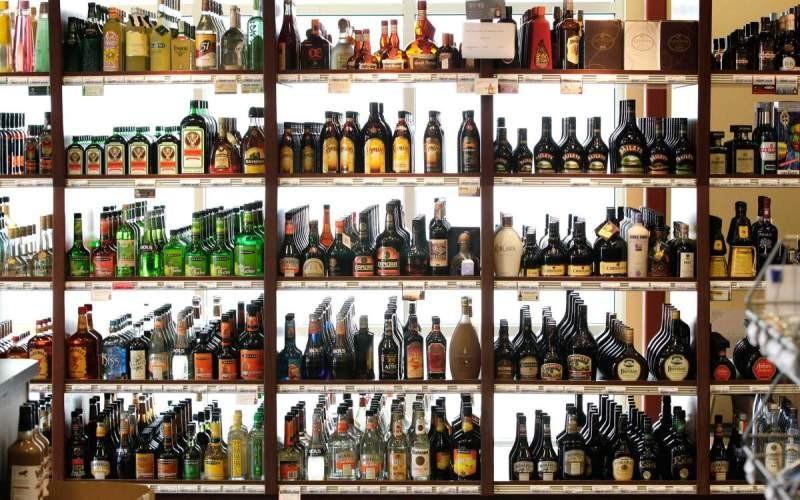 6. Крепкие спиртные напитки Срок годности алкогольных напитков, таких как ром, водка или виски, нико