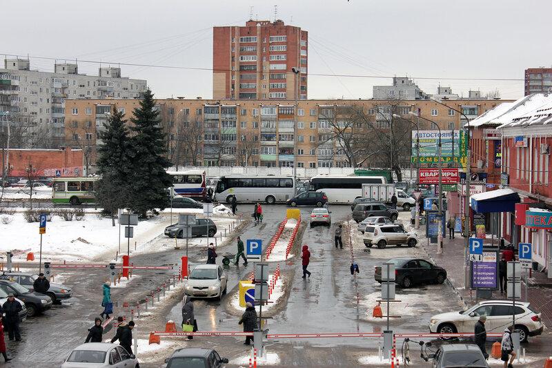 У станции Орехово-Зуево