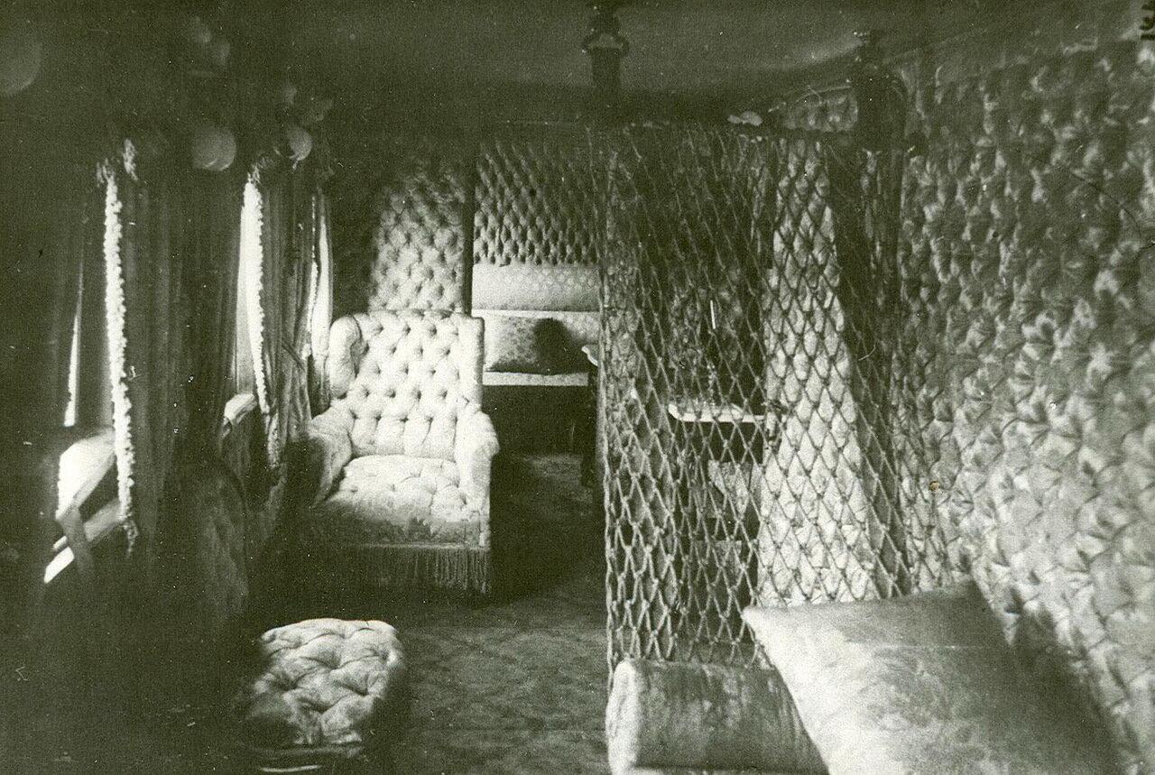 11. Внутренний вид вагона