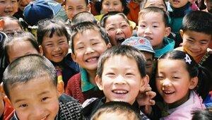 Китай отменяет политику `одна семья - один ребенок`