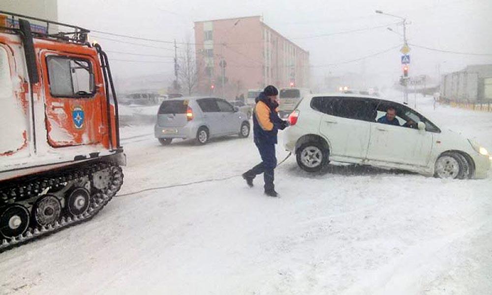 Школу отменят - в Магадан пришел циклон!