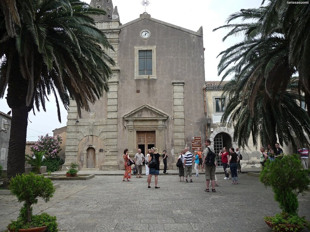 Forsa d'Agro. Церковь Св. Троицы, 15 в.