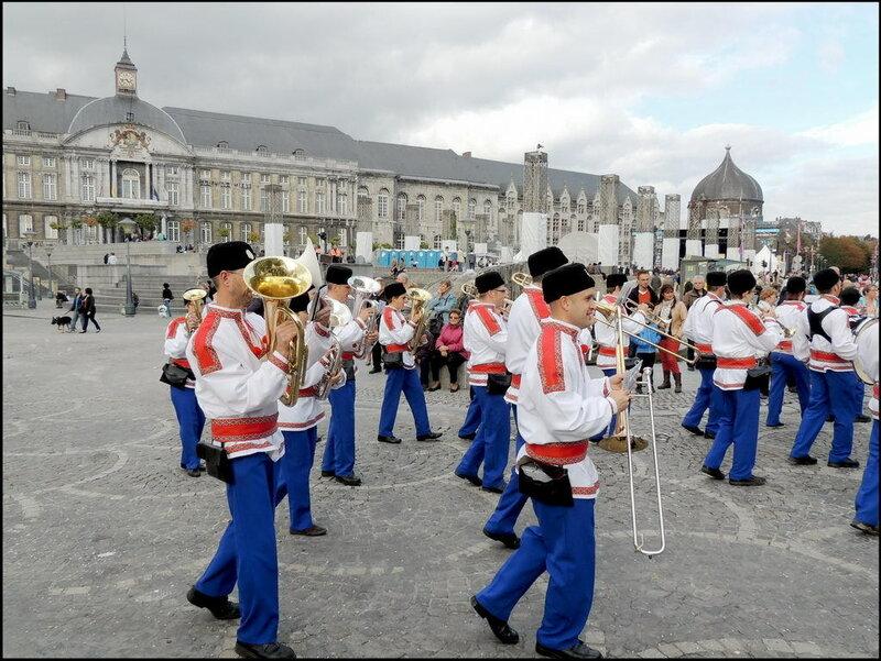 Валлонский праздник в Льеже. Бельгия