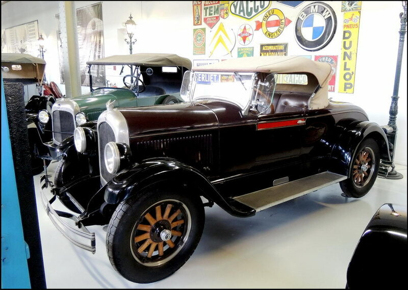Autoworld 8010 Chrysler Six 1925
