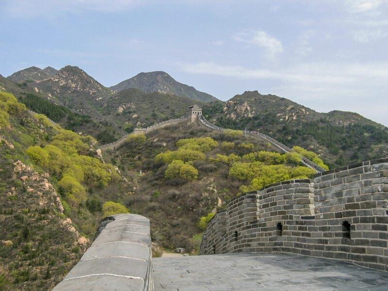 Горы и Стена, Великая китайская стена, Бадалин