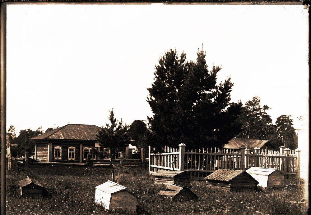 Село Накрачинское. Кладбище