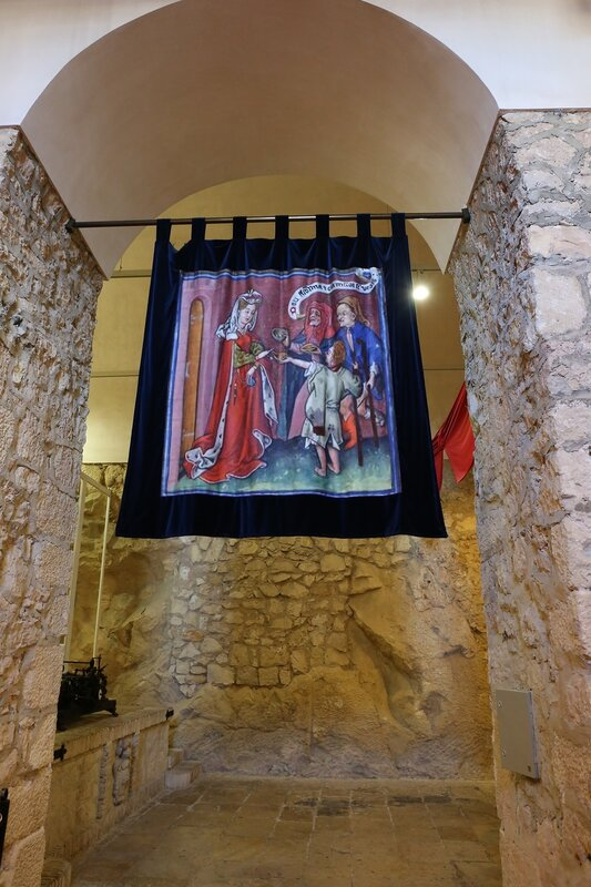 Аликанте. Крепость Санта-Барбара. Музей крепости (Старые казармы)