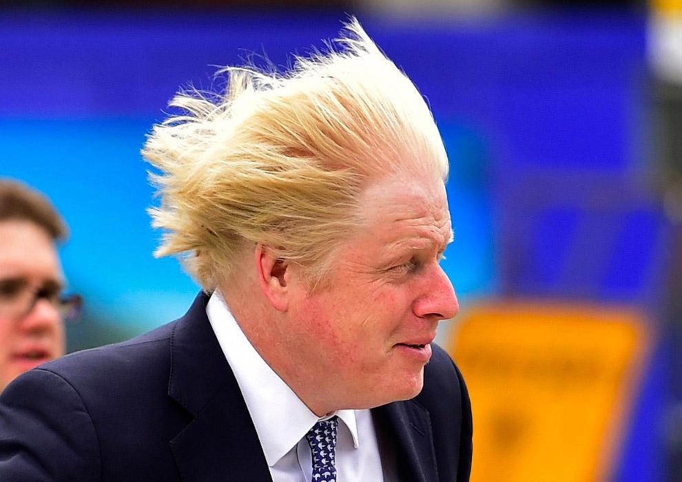 6. Одним из первых действий Джонсона на посту мэра Лондона было введение запрета на распитие спиртны