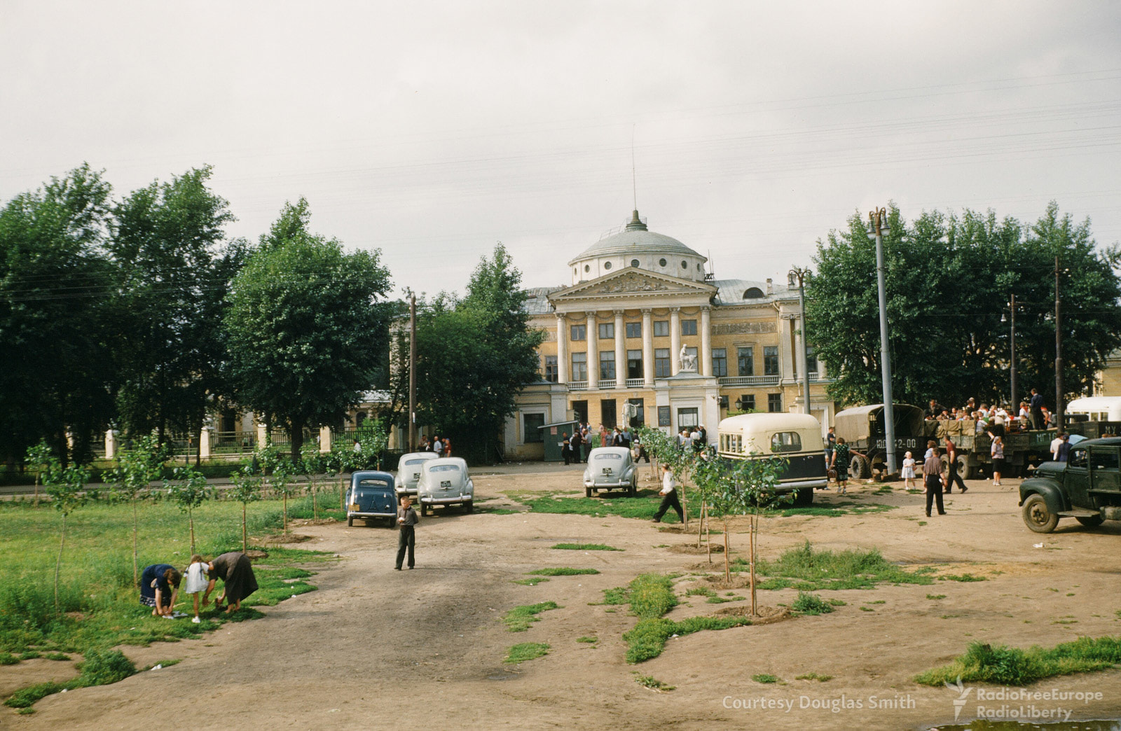 65. Останкинский дворец
