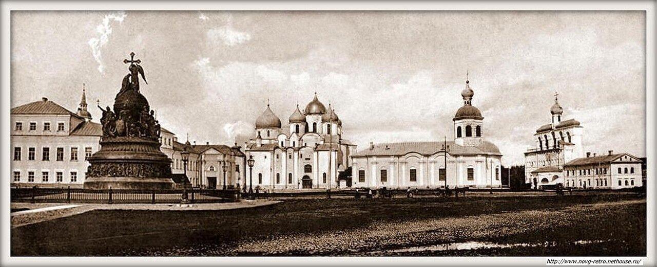 Вид на Софийский собор, церковь Входа в Иерусалим и Софийскую звонницу