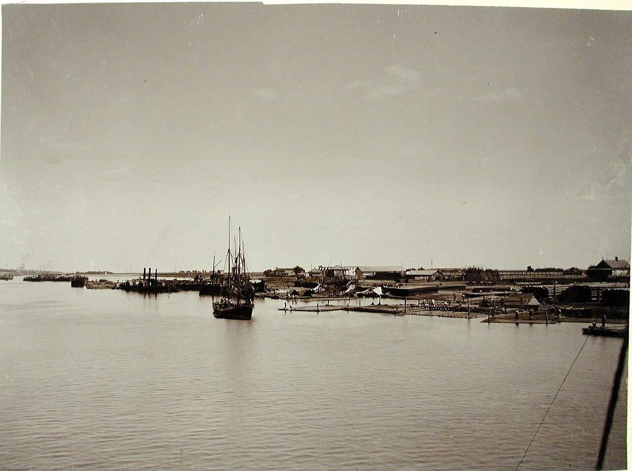 17. Вид на набережную с реки Дон