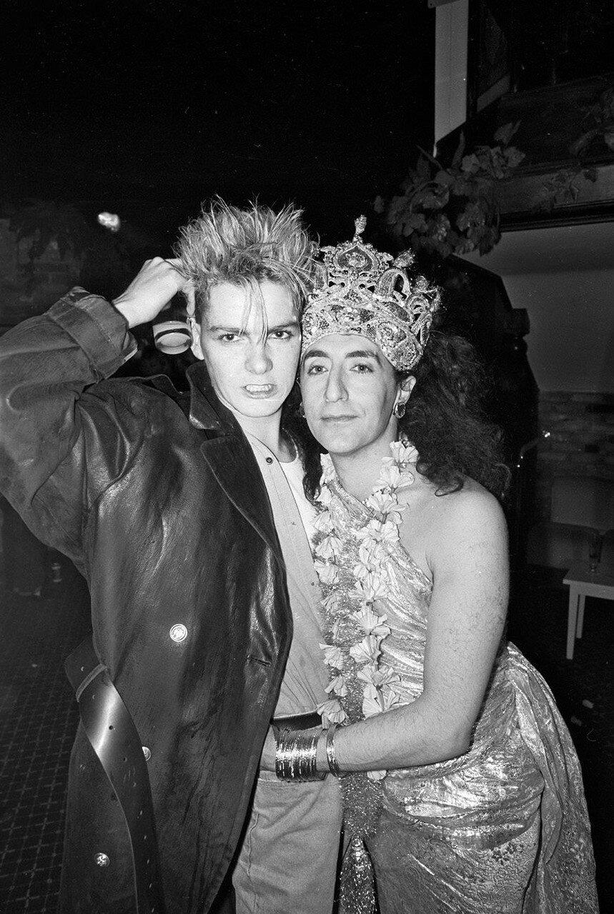 1987. Филлип Салон с другом  в клубе «Mud»